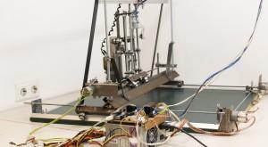 crude-diy-cnc-machine-scraps-homofaciens-de